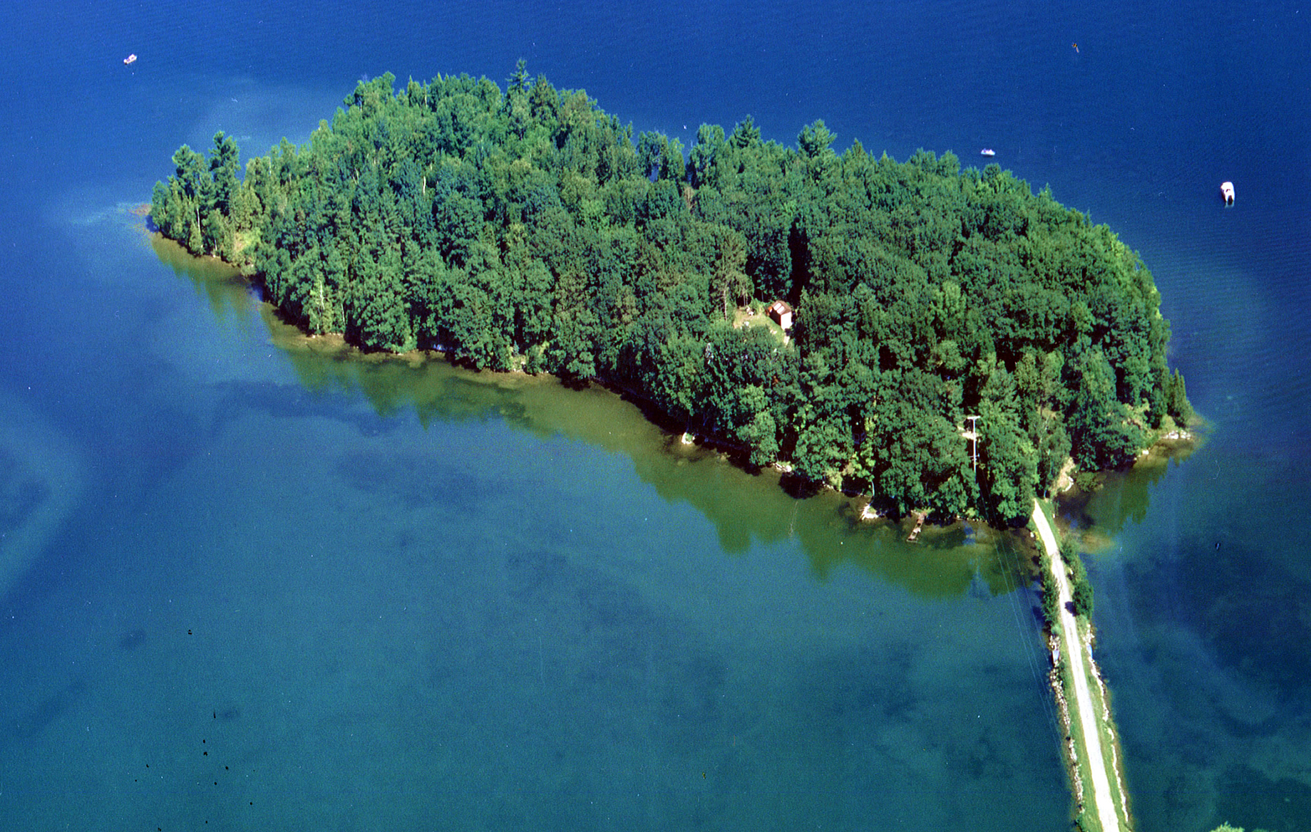 Islands for Sale in Michigan, United States