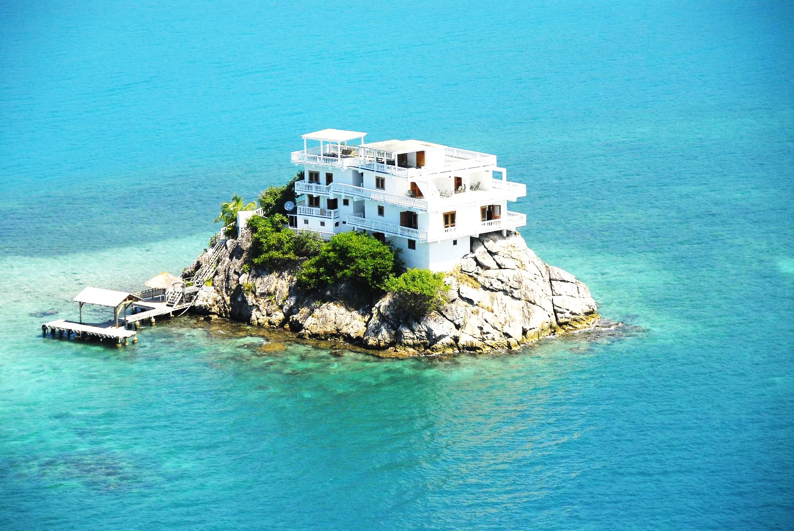 Best Island In The Caribbean To Buy A Beach House