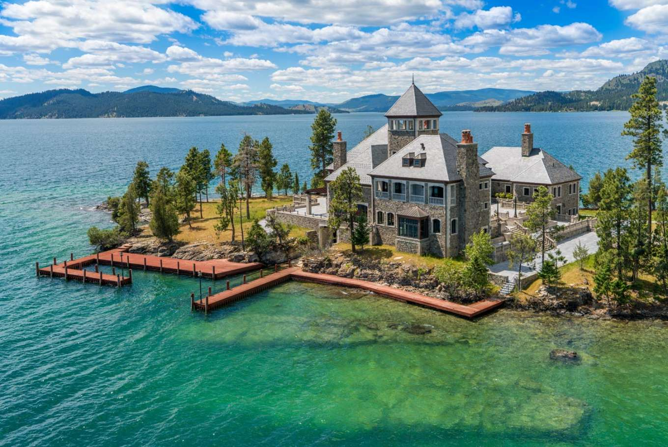 Shelter Island Estate - Montana, United States - Private