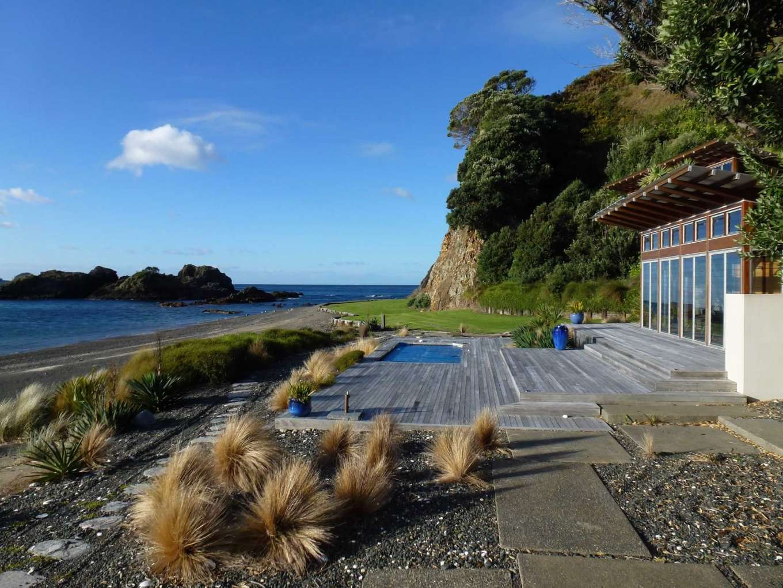 Motukawaiti Island - New Zealand, South Pacific - Private ...