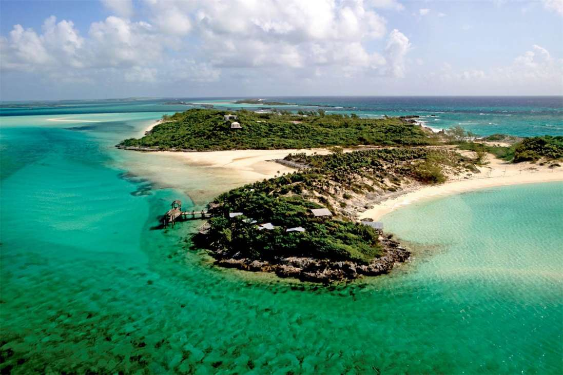 Saddleback cay the exumas bahamas caribbean private for Bahamas private island for sale