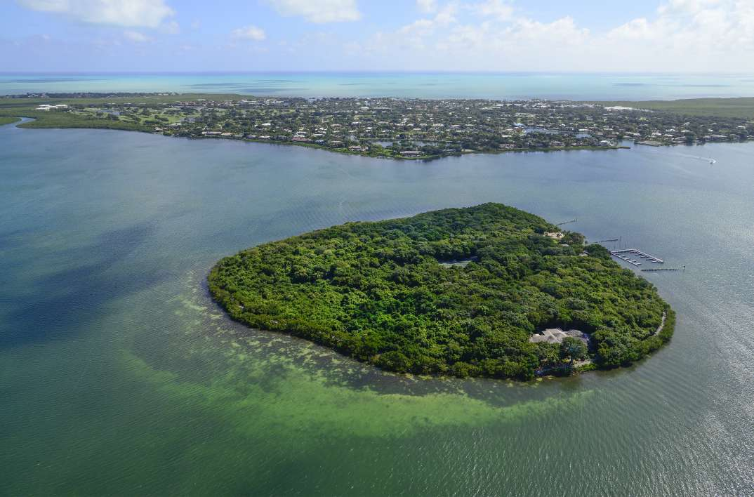 Islands for Sale in United States