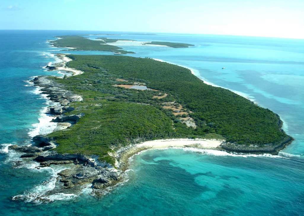 Devils cay the berry islands bahamas caribbean for Bahamas private island for sale