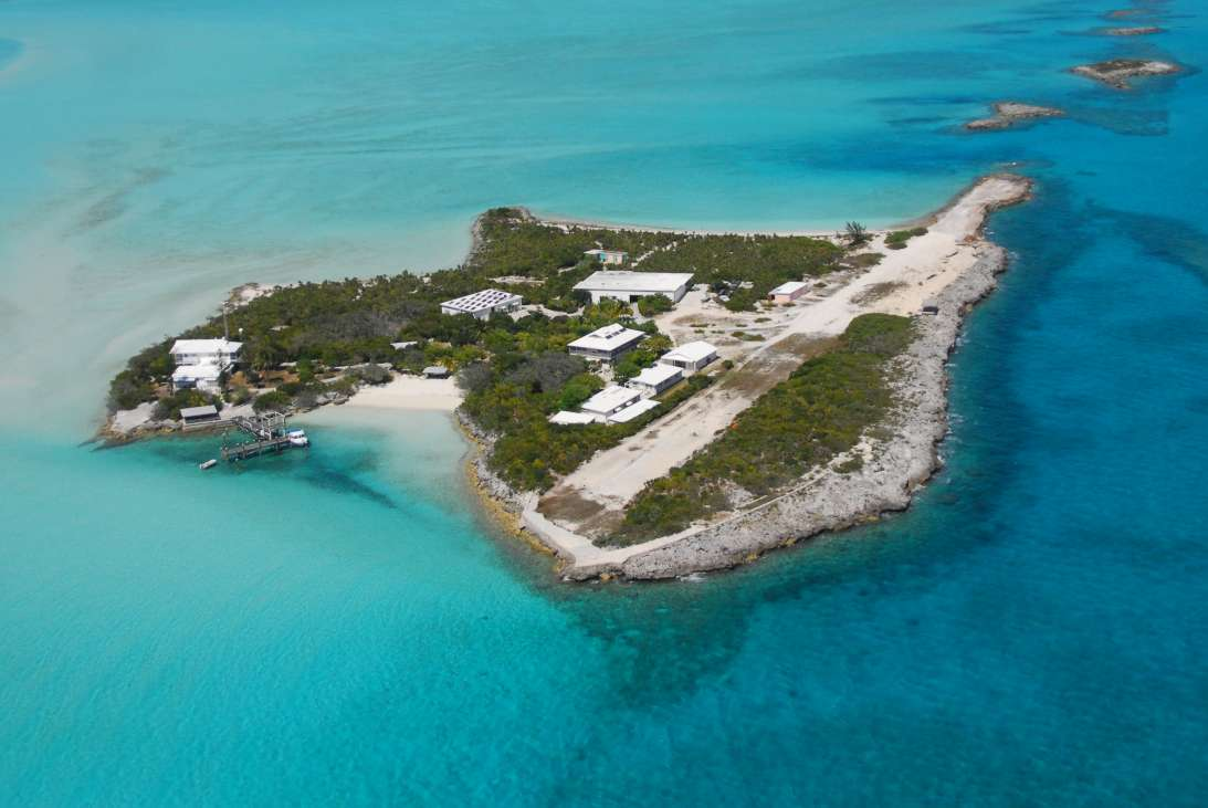 Leaf cay private residences the exumas bahamas for Bahamas private island for sale